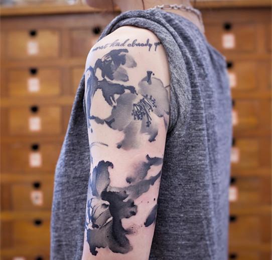 中国水墨画纹身图片展示